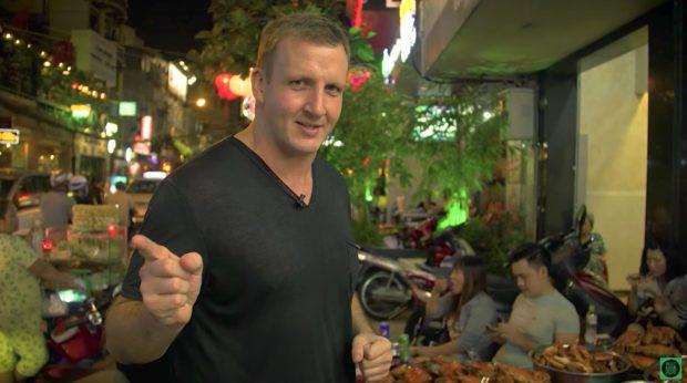 Vietnam's best STREET FOOD on Saigon's wildest street, Bùi Viện!   Vietnamese Food Lovers